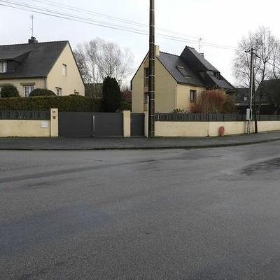 Installation portail motorisé, portillon et clôture aluminium - Loudéac