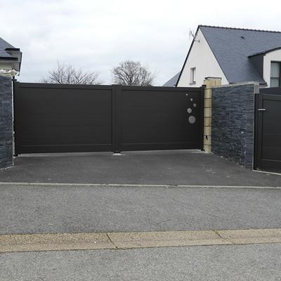 Installation portail et portillon en aluminium - Réguiny (56)