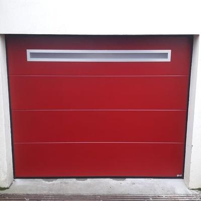 Porte de garage sectionnelle plafond motorisée - Loudéac (22)