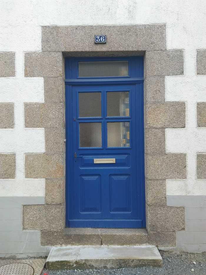 Porte d''entrée Alu - Centre ville de Loudéac - Côtes d''armor 64
