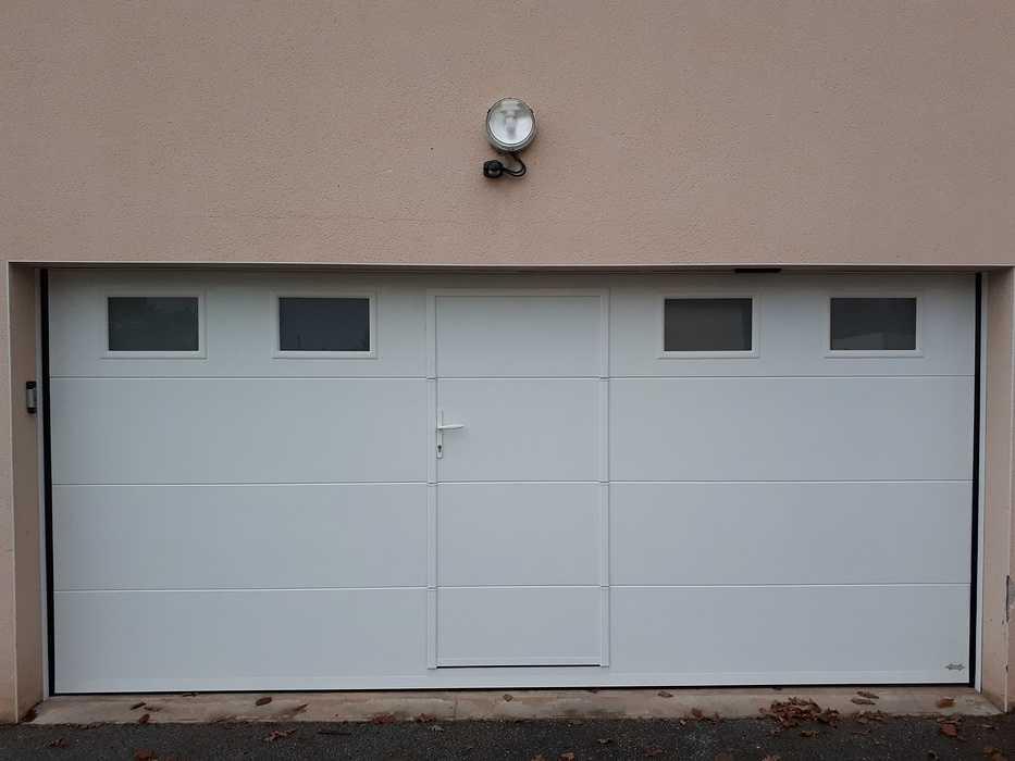 Porte de Garage Motorisée sectionnelle - St Gonnery - secteur Pontivy 0