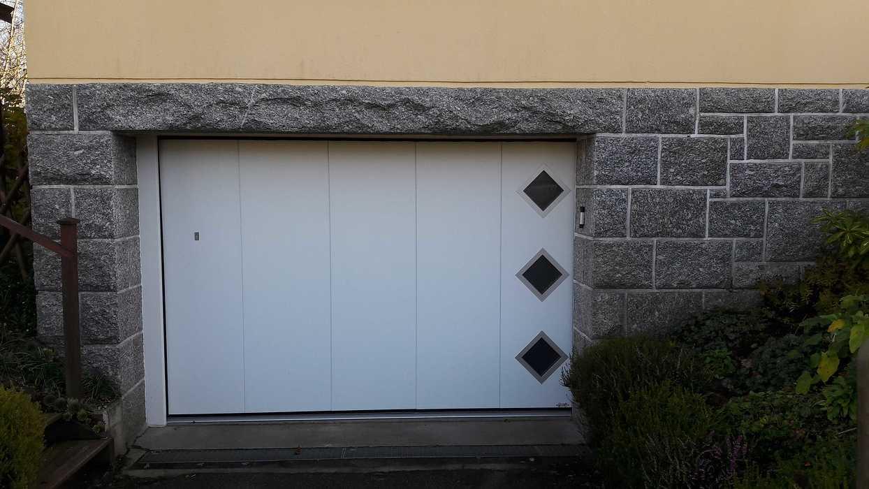 Installation d''une porte de garage latérale motorisée - Rostrenen 20181113163247