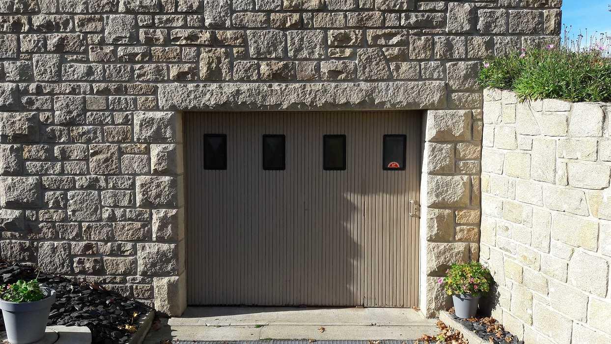 Porte de garage sectionnelle plafond - Rostrenen 20181023122211