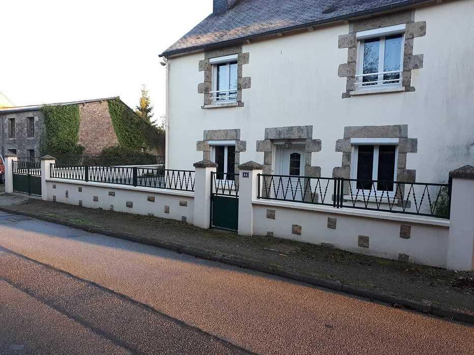 Pose d''un portail coulissant en alu - Loudéac 144