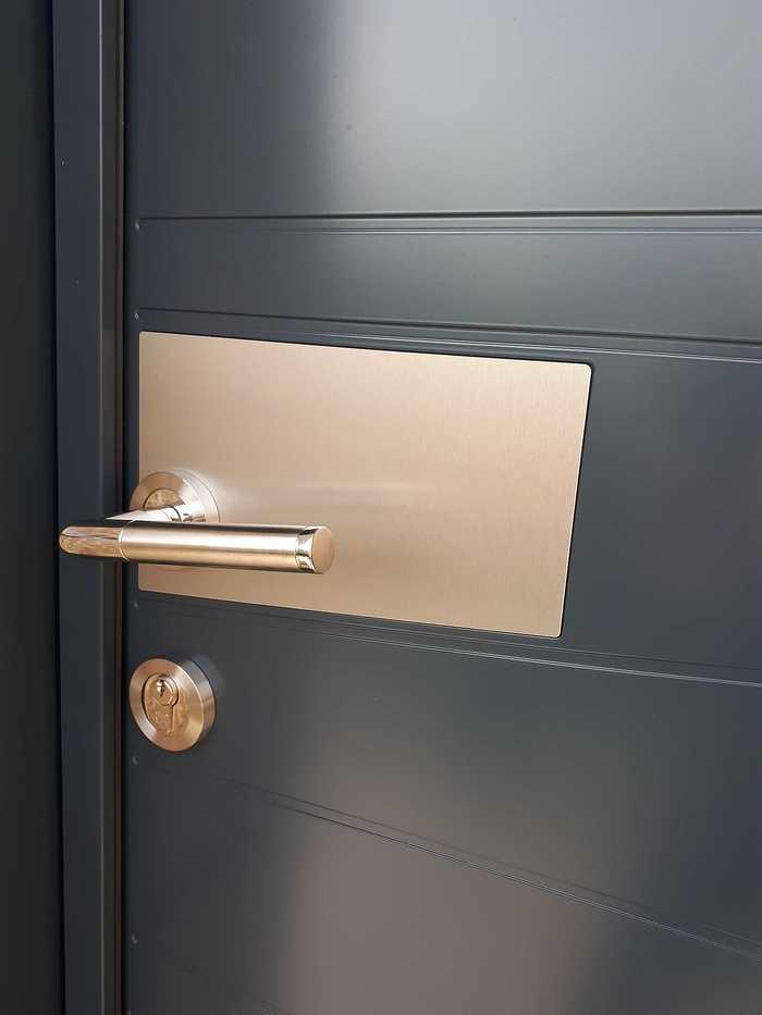 Porte d''entrée en Aluminium 2 couleurs - Loudéac 20181211151217