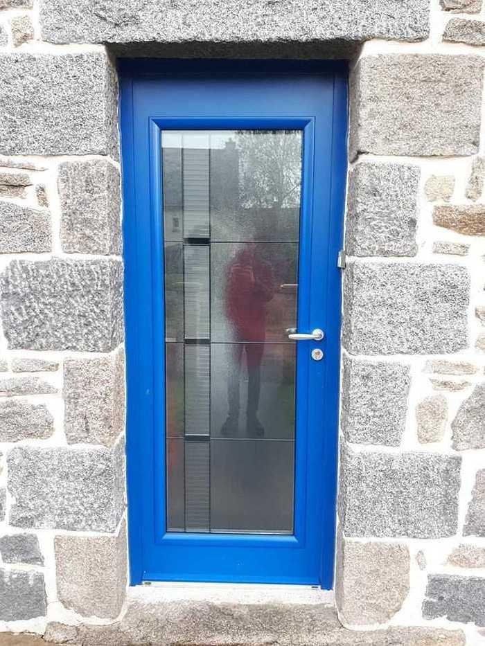 Fenêtres, porte d''entrée en ALU Bel''M et volets roulants solaires - Saint Jacut du mené, Côtes d''Armor 515678977681188802183862388278661577965568n