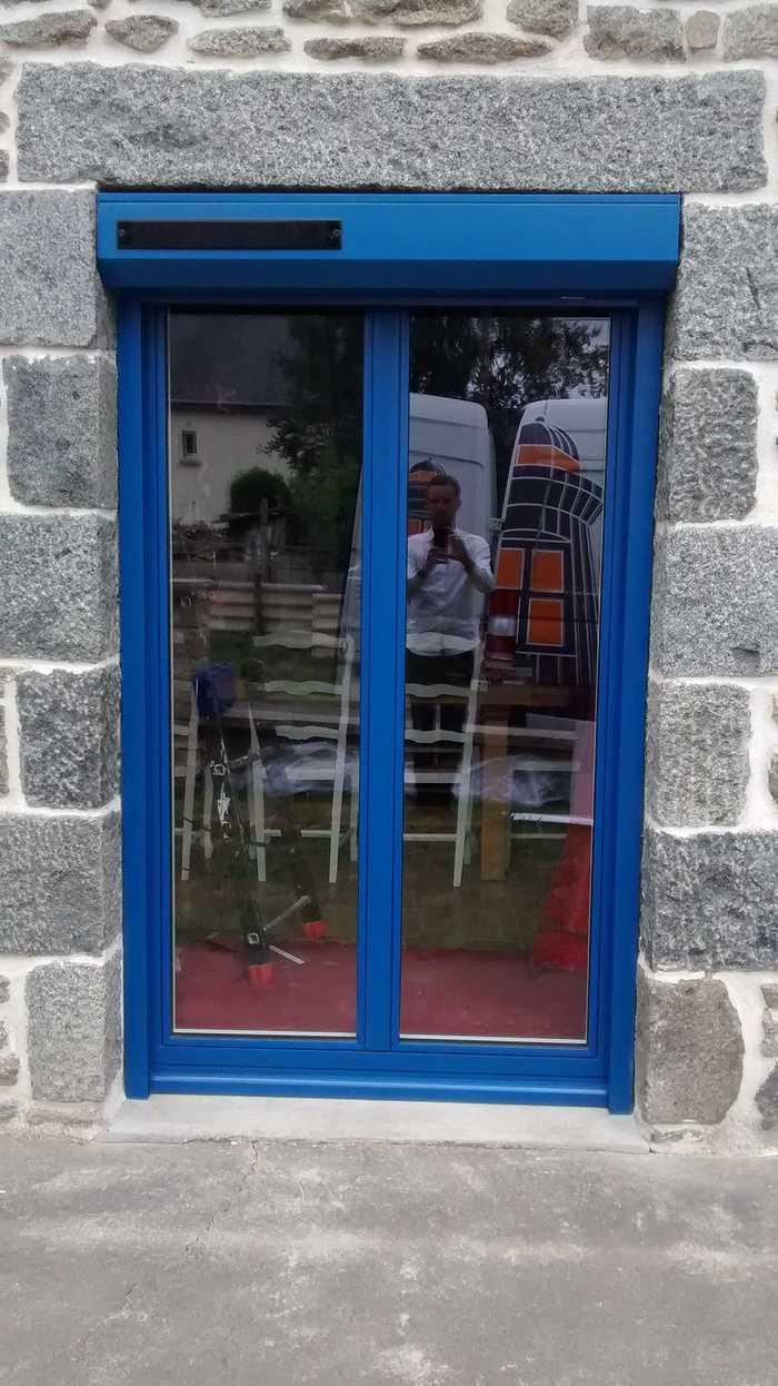 Fenêtres, porte d''entrée en ALU Bel''M et volets roulants solaires - Saint Jacut du mené, Côtes d''Armor 81.2