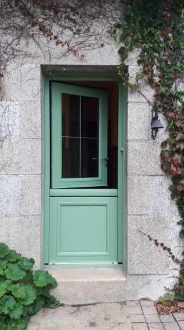 Porte d''entrée, porte fermière, volets battants aluminium - Loudéac porteouverte