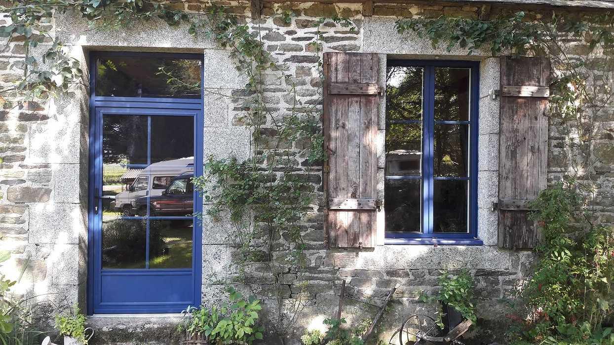 Remplacement des fenêtres et Portes en Bois par des menuiseries Aluminium K-LINE - SAINTE TRÉPHINE apres2