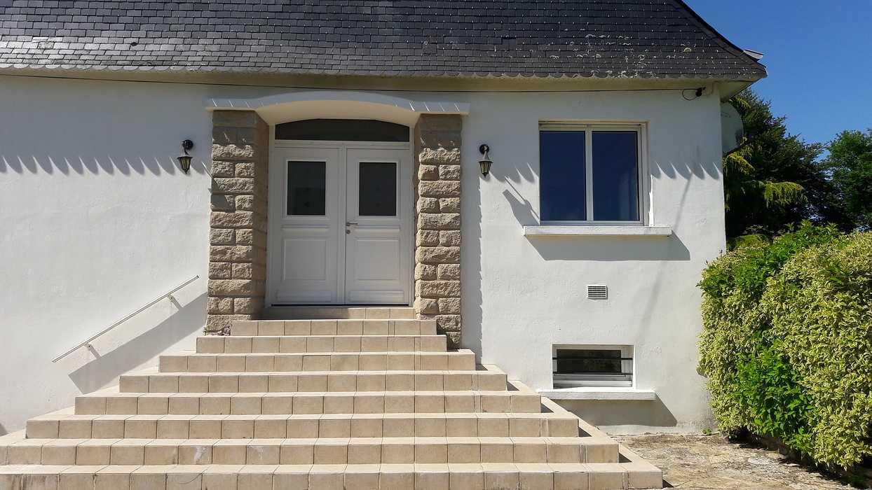 Rénovation d''une porte d''entrée - Rostrenen 0