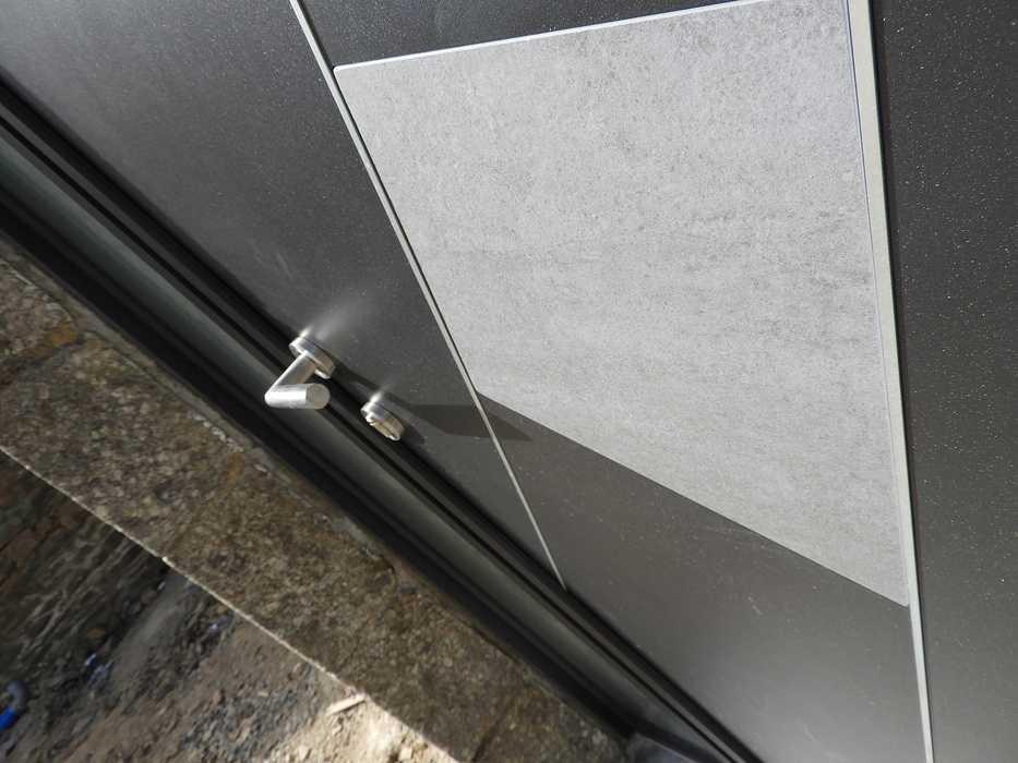 Longère à Plouguenast (22) Fenêtres Aluminium: noir sablé 2100 dscn08271